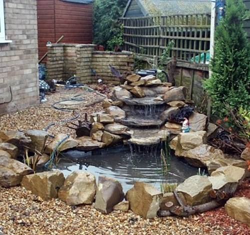 Cheap garden pond ideas gardening flowers 101 gardening for Fish pond decorations