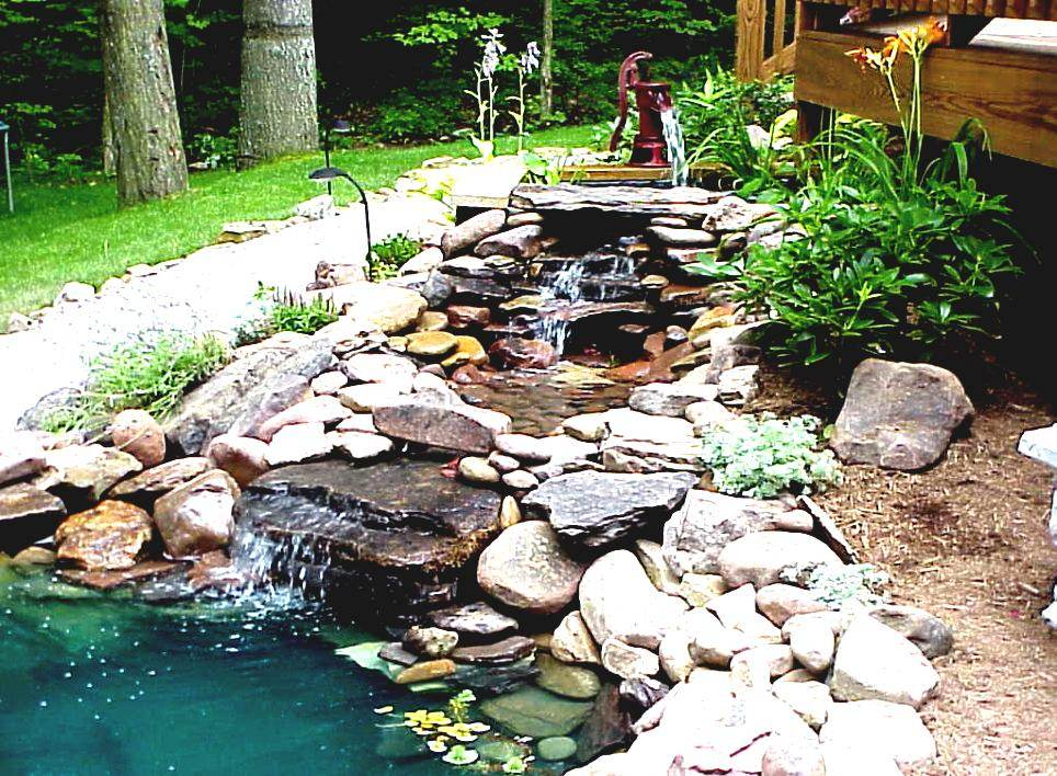 Diy garden pond design gardening flowers 101 gardening for Homemade pond ideas