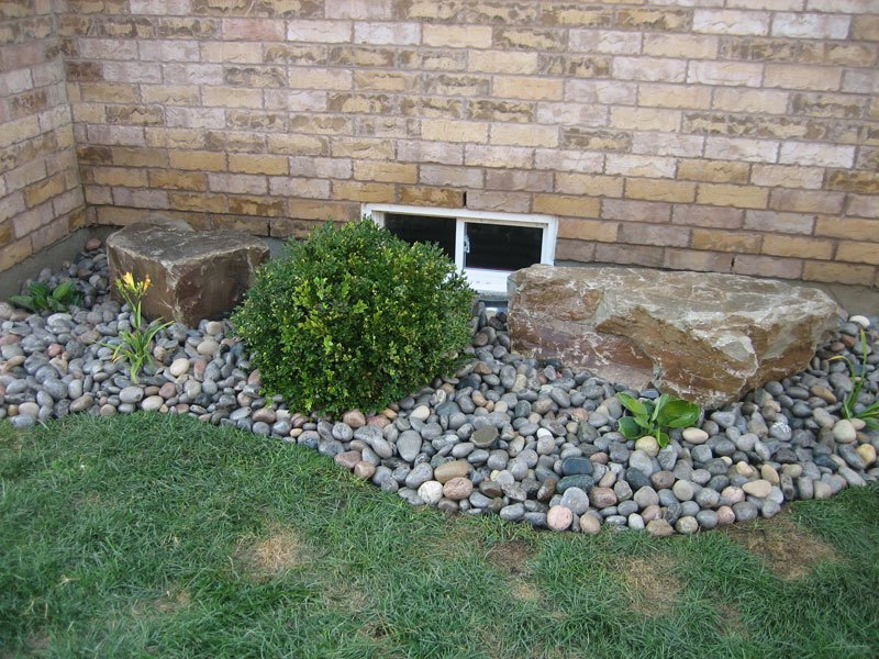 Landscaping With Small Rocks