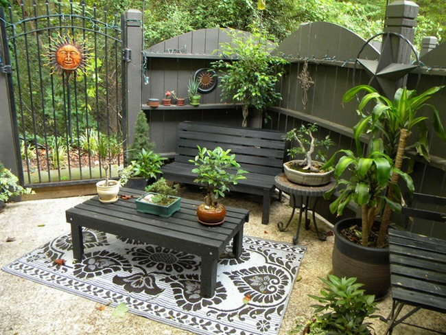 Great very small patio design ideas patio design 220 for Small outdoor decorating ideas