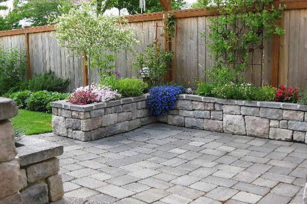 small patio ideas with pavers 2
